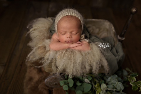Must haves for your newborn baby marie grantham photography newborn photographer las vegas