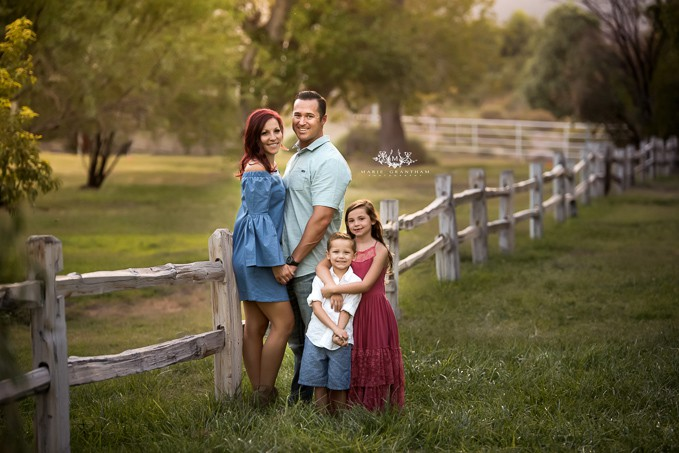 marie grantham Photography family photographer Las Vegas proud police family